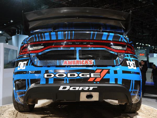 La Dodge Dart de RallyCross en action