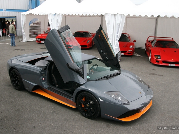 Photos du jour : Lamborghini Murcielago LP650-4 Roadster (Sport & Collection)