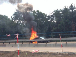Angleterre : une Lamborghini Gallardo en flammes bloque l'autoroute