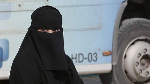 Arabie saoudite : les femmes pourront conduire des motos et des camions