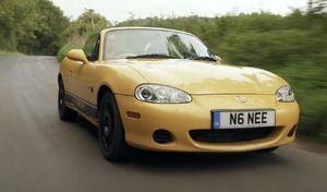 Il électrifie sa Mazda MX-5 NB