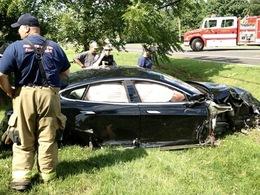 Crash : ivre, elle cause une panne d'électricité avec sa Tesla Model S