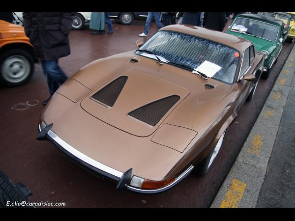 Photo du jour : Et la voiture mystère est une...