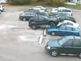 500 dollars d'amende et une suspension du permis de conduire pour un créneau dévastateur en BMW X5