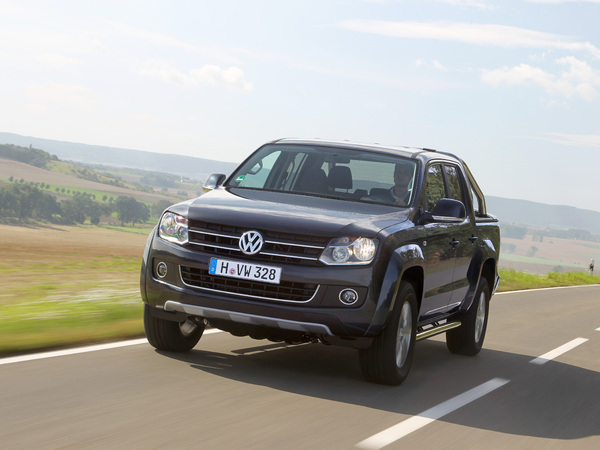 essai volkswagen amarok bo te auto 8 rapports et crafter 4motion achleitner. Black Bedroom Furniture Sets. Home Design Ideas