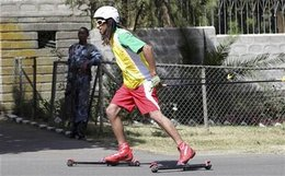 JO de 2010 à Vancouver : un skieur éthiopien s'est préparé sur des skis à roulettes !