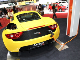 En direct de Genève 2011 : Artega SE et GT Carbone, complémentaires ?