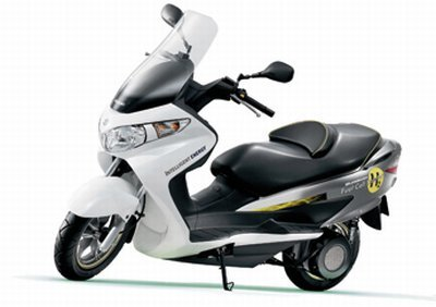 un scooter avec pile combustible hydrog ne le suzuki burgman fuel cell. Black Bedroom Furniture Sets. Home Design Ideas