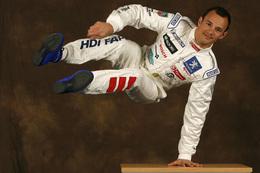 Peugeot France s'engage en rallye : Sarrazin au Monte-Carlo