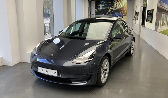 Présentation vidéo - Tesla Model 3 (2021) : upgrading