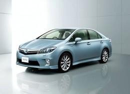 La production et la vente des Toyota Sai et Lexus HS250h hybrides suspendues temporairement