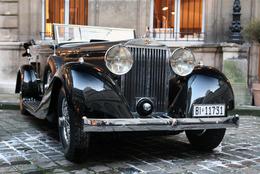 Midi Pile - 35ième Rétromobile : 99 voitures aux enchères chez Bonhams