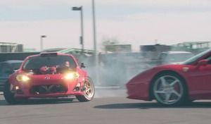 La Toyota GT86 à moteur Ferrari en action