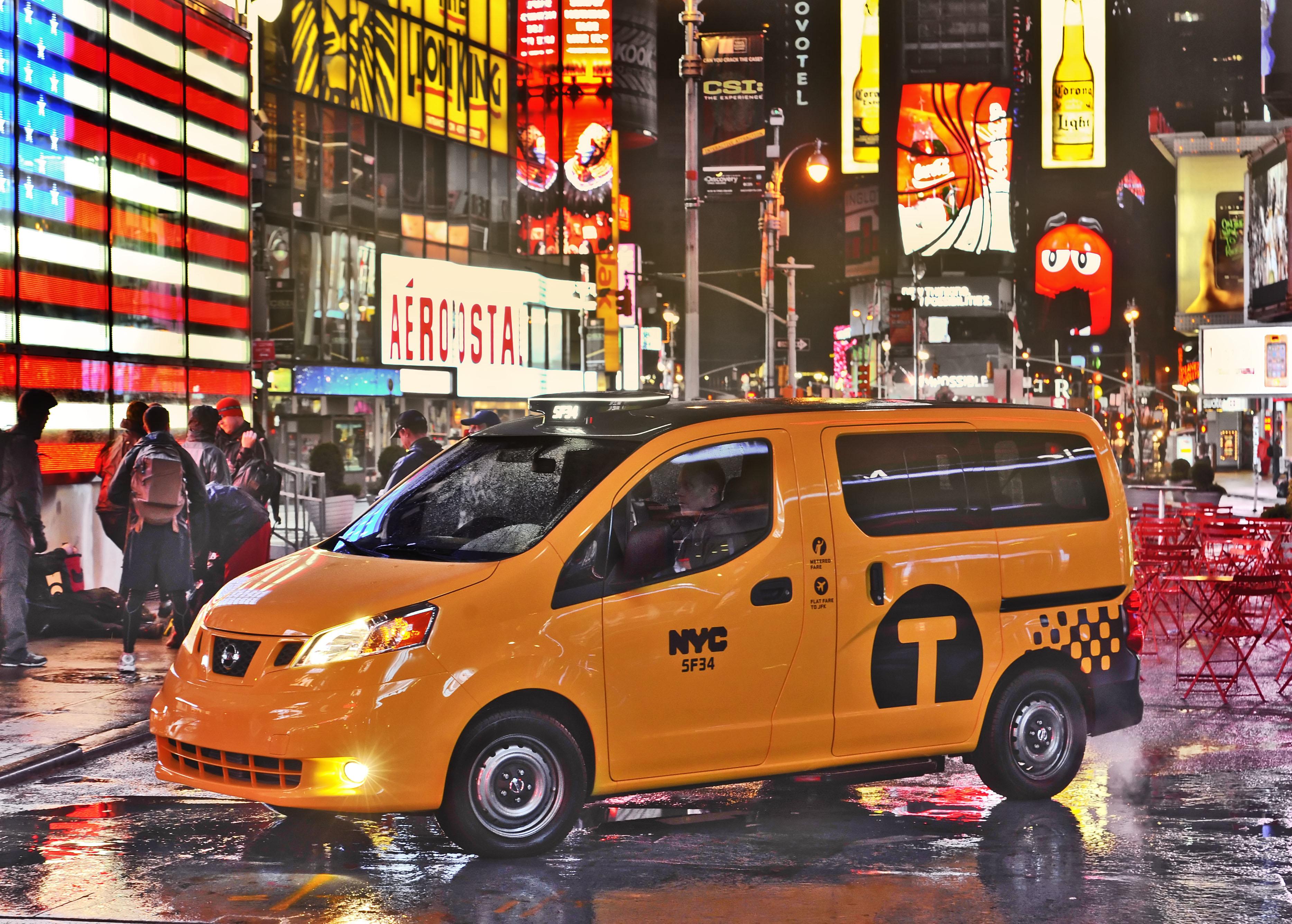 Salon de New York Le nouveau taxi new yorkais sy expose