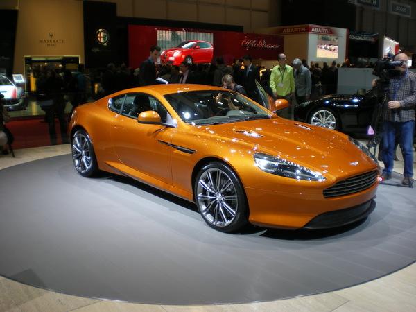 En direct de Genève: Aston Virage, la sublime orange mécanique  ( + video)
