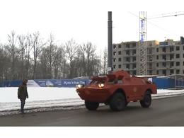 Insolite : un véhicule blindé est utilisé comme taxi en Russie [vidéo]