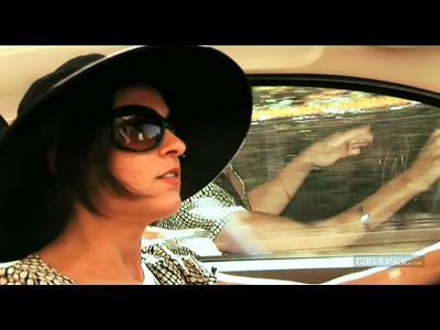 La chronique d'Eva : balade parisienne en Fiat 500 C
