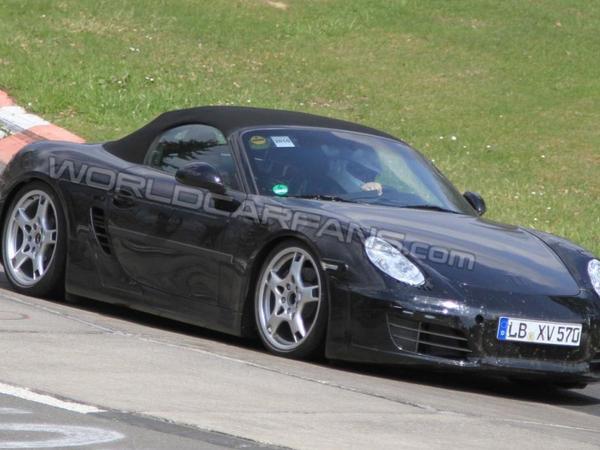 Spyshot : le prochain Porsche Boxster commence à se découvrir sur la Nordschleife