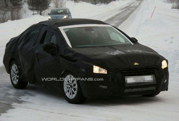 Future Peugeot 508/ 2ème prise: De plus en plus près