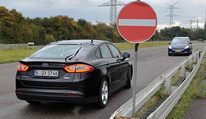 Ford dévoile de nouvelles aides à la conduite