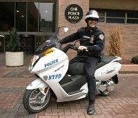 Les policiers de New York rouleront à l'électrique