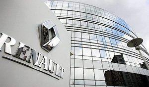 """Renault propose 3000 recrutements d'ici trois ans, les syndicats qualifient la proposition """"d'insuffisante"""""""
