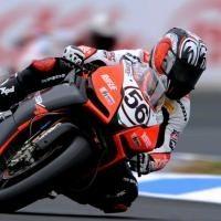 Superbike - Aprilia: Le binôme de Biaggi sur la sellette