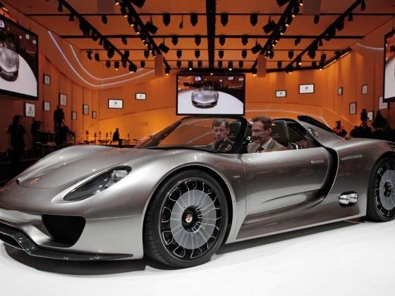 Porsche 918 Spyder ; déjà 900 clients