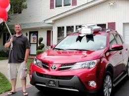 Un Rav4 offert au 50 millionième client américain de Toyota