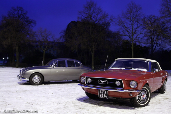 Photos du jour : Jaguar MK2 & Mustang Convertible