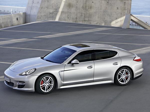 Porsche - Les Panamera et Cayenne se déclineront en cabriolet et coupé