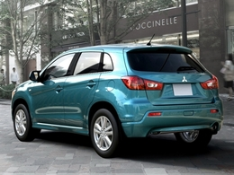 PSA et Mitsubishi officialisent leur partenariat sur les SUV compacts