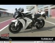 Vidéo Moto: Essai de la Honda CBR 1000RR 2008 by «Turbeauf»