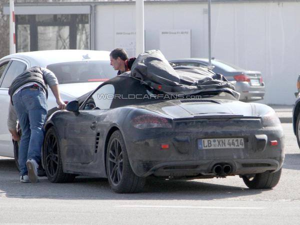 Spyshot : le prochain Porsche Boxster en arrêt chez BMW, une collaboration à prévoir pour les hybrides ?