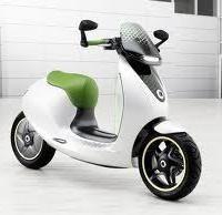 Actualité – Economie: En 2014 Mercedes-Benz arrive sur le marché de la moto... Enfin presque !