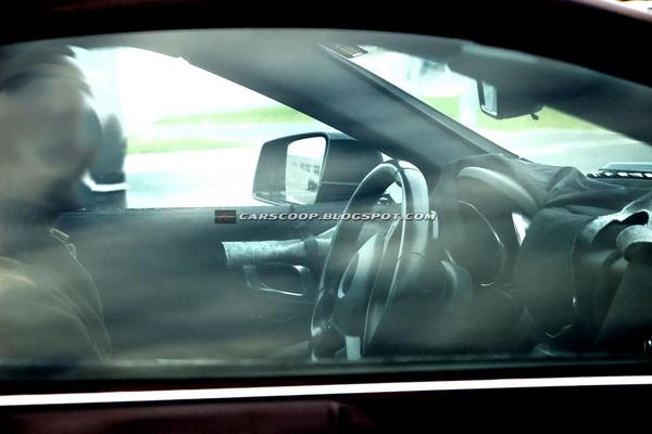 Future Mercedes SLK : un habitacle inspiré de la SLS AMG