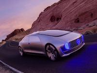 Avec F 015 Luxury in Motion, Mercedes dévoile sa vision de la voiture autonome