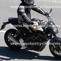 Actualité moto - KTM: La nouvelle Super Duke presque sans pudeur