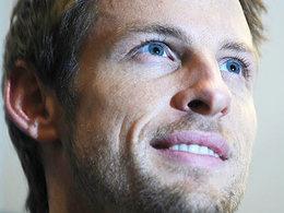 F1 - Ross Brawn salue l'approche de Jenson Button face à Lewis Hamilton