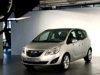 Présentation de l'Opel Mériva 2 : le roi de l'astuce !
