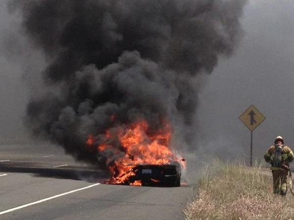 Une Lamborghini Aventador fait chauffer la gomme ...
