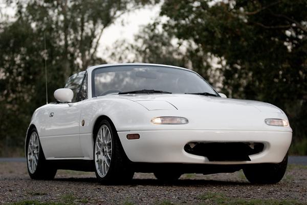 Future Mazda MX-5 : hybride et diesel dans les tuyaux