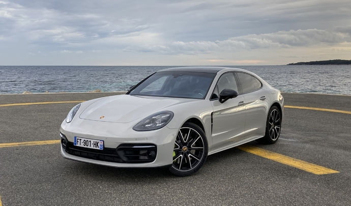 Essai vidéo - Porsche Panamera restylée (2021) : hybridation renforcée