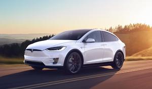 Tesla enregistre d'importantes pertes au premier trimestre