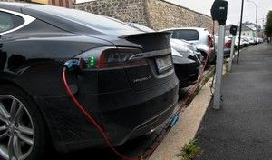 En Norvège, les voitures électrifiées représentent la moitié des ventes
