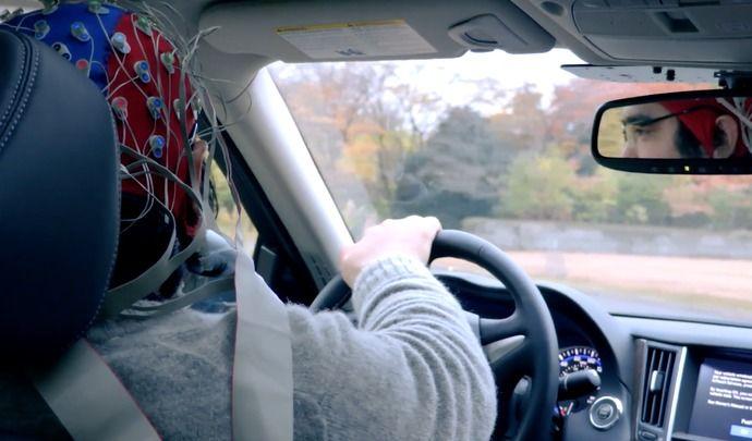 Et si l'avenir, ce n'était pas la conduite autonome, mais la conduite assistée ?
