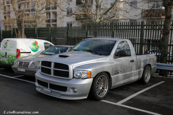 Photos du jour : Dodge Ram SRT-10