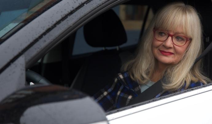 L'auto des voisins - Carine de Dinsheim et son Kia Stonic: un achat à rebondissements