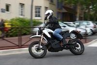 Essai Zero Motorcycles DS : un millésime plus séduisant
