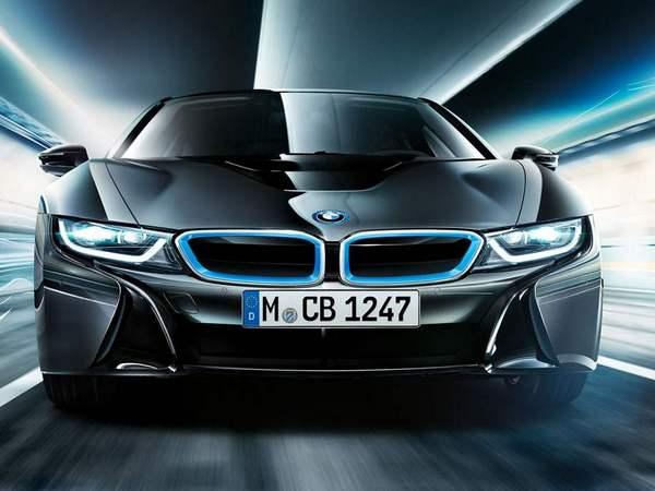 BMW hybrides : l'électrique prendra-t-il le pas sur le thermique ?
